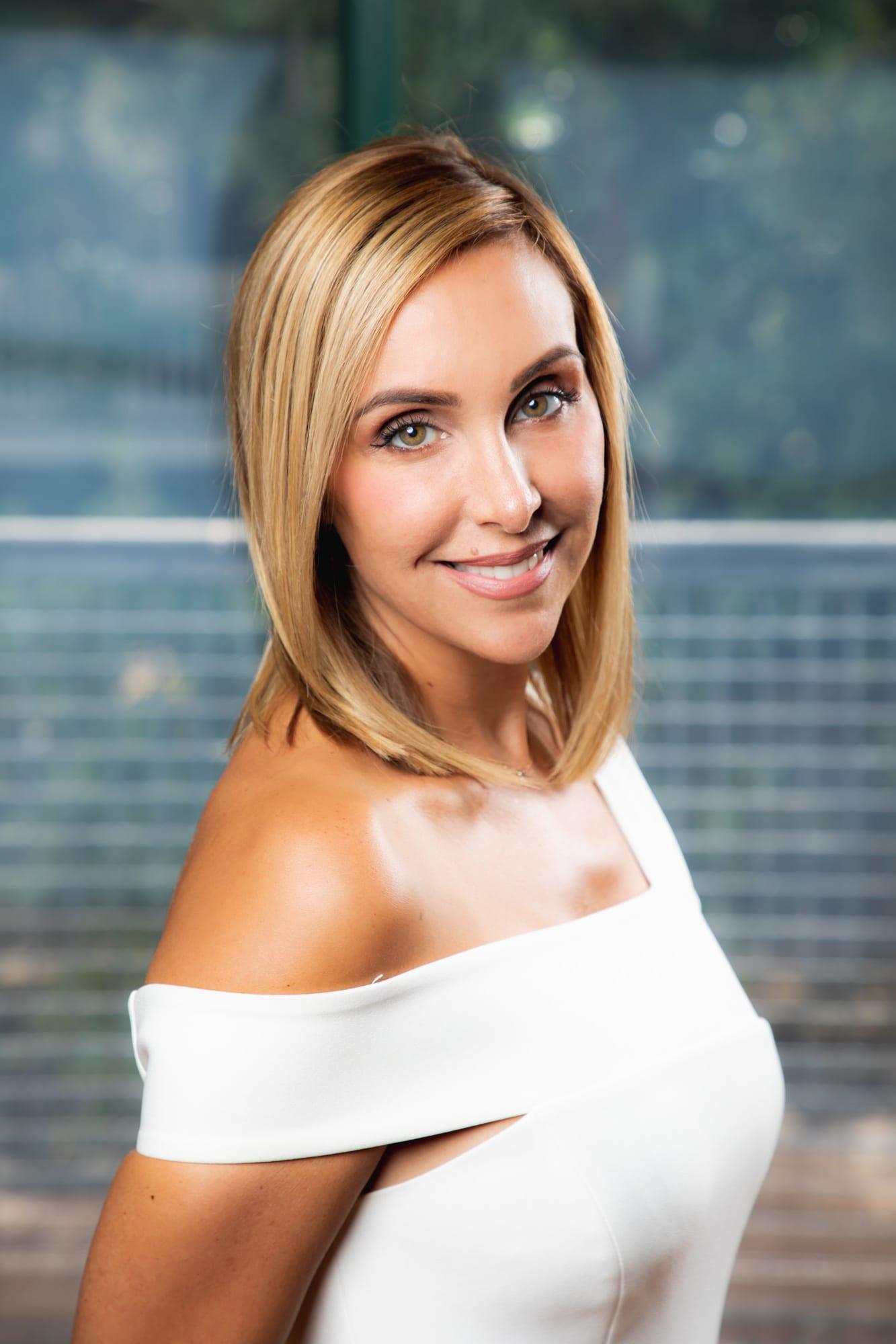 Lauren Holstman